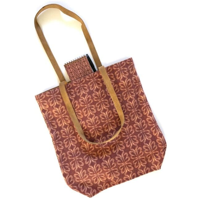 clover leaf tote bag and notebook with pen